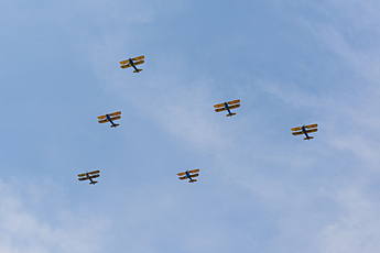 Arsenal of Democracy Flyover trainer formation