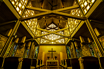 Inside Aspen Chapel