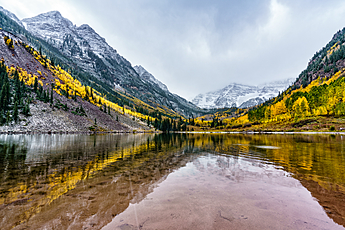 Maroon Bells Winter and Column
